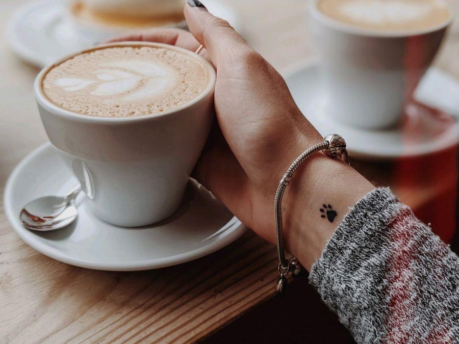 a koffeinmentes kávé segít a fogyásban?