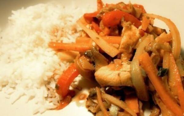 8 laktató ebéd, ami nagyban segíti a fogyást: kalóriásak és igen finomak - Fogyókúra | Femina
