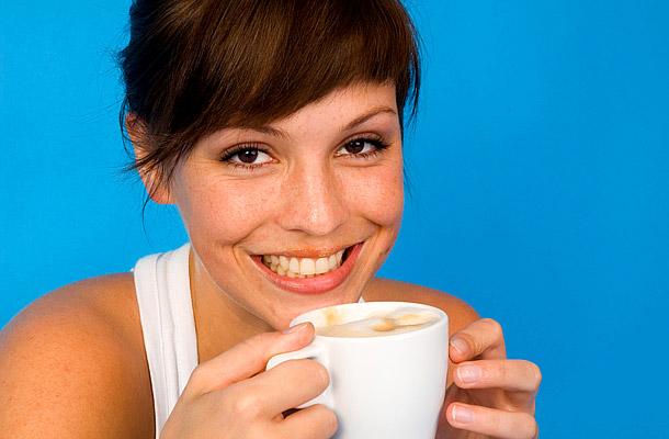 a koffein akadályozza a fogyást)