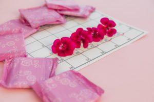 Hogyan lehet fogyni a menstruáció során: befolyásolják a súlyt