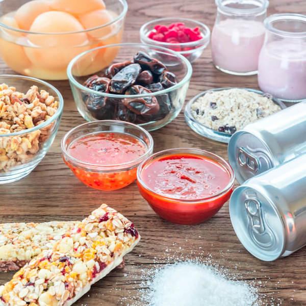 Kevesebb szénhidrátot vagy kevesebb zsírt együnk, ha fogyni szeretnénk?