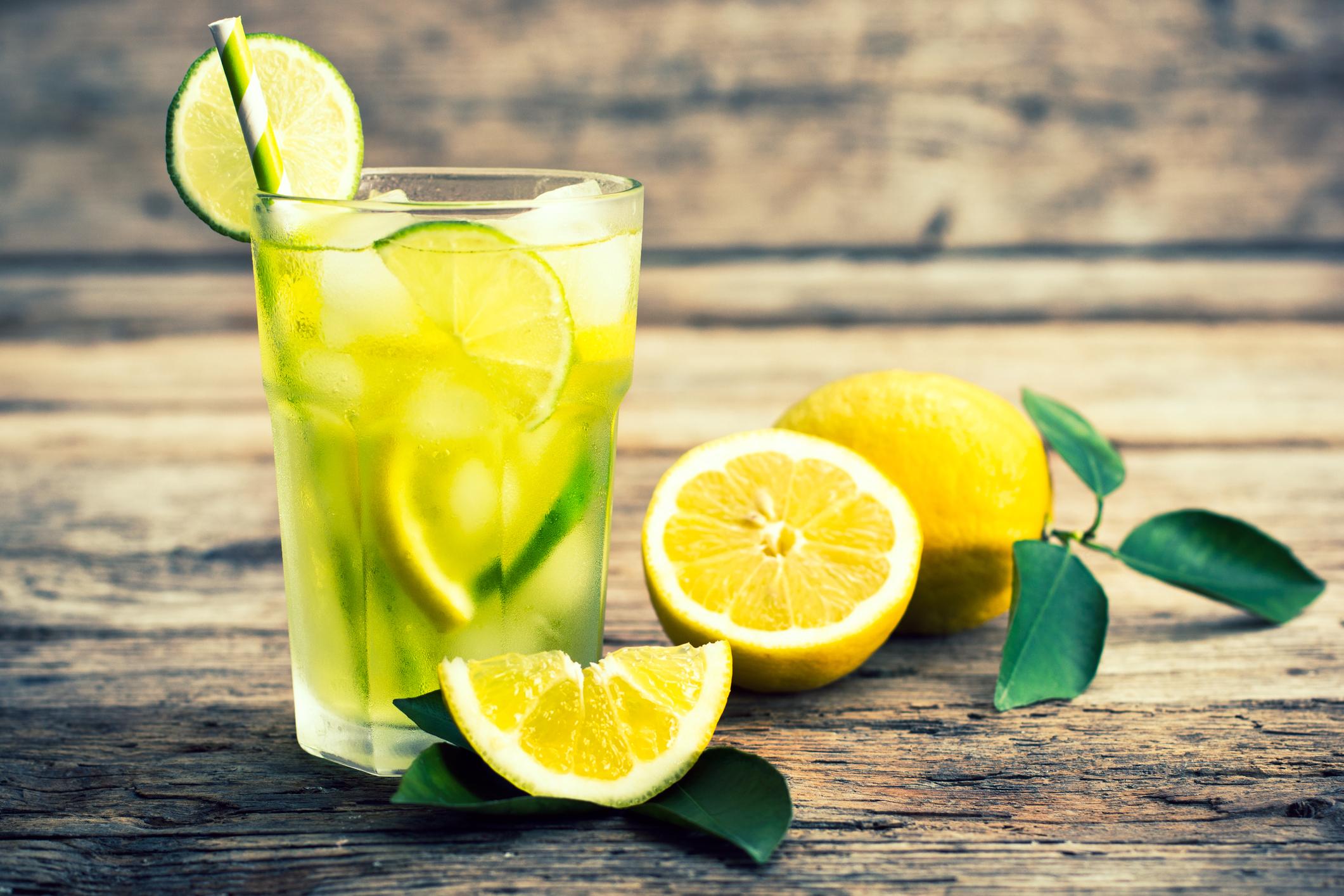 Így turbózd fel a citromos vizet, ha a fogyás a célod