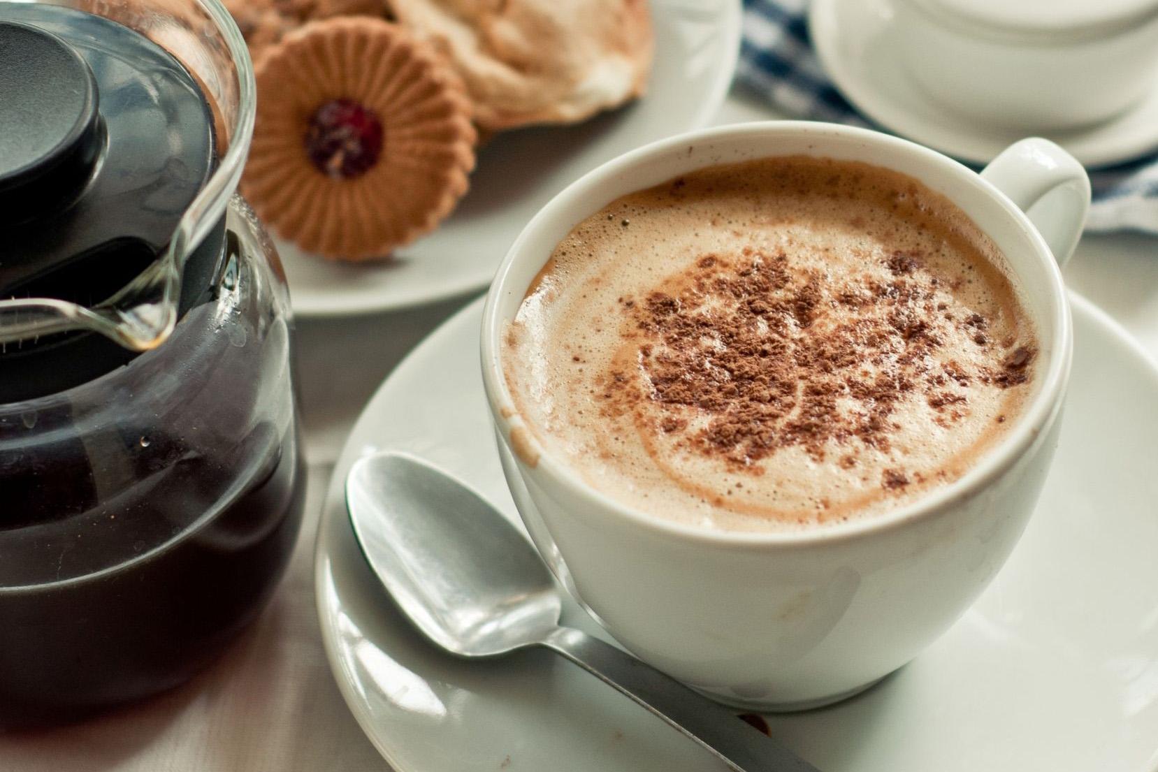 a fekete kávé hatása a fogyásra