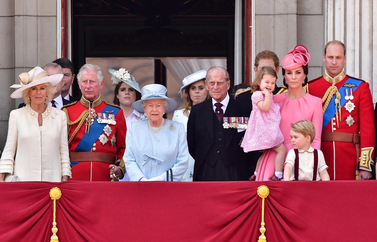 karcsú le a királyi család