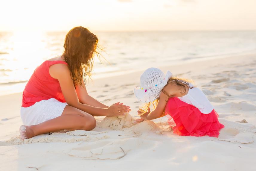Hogyan fogyj le lángos evéssel a strandon? #yolo | Szászhegyessy Zita