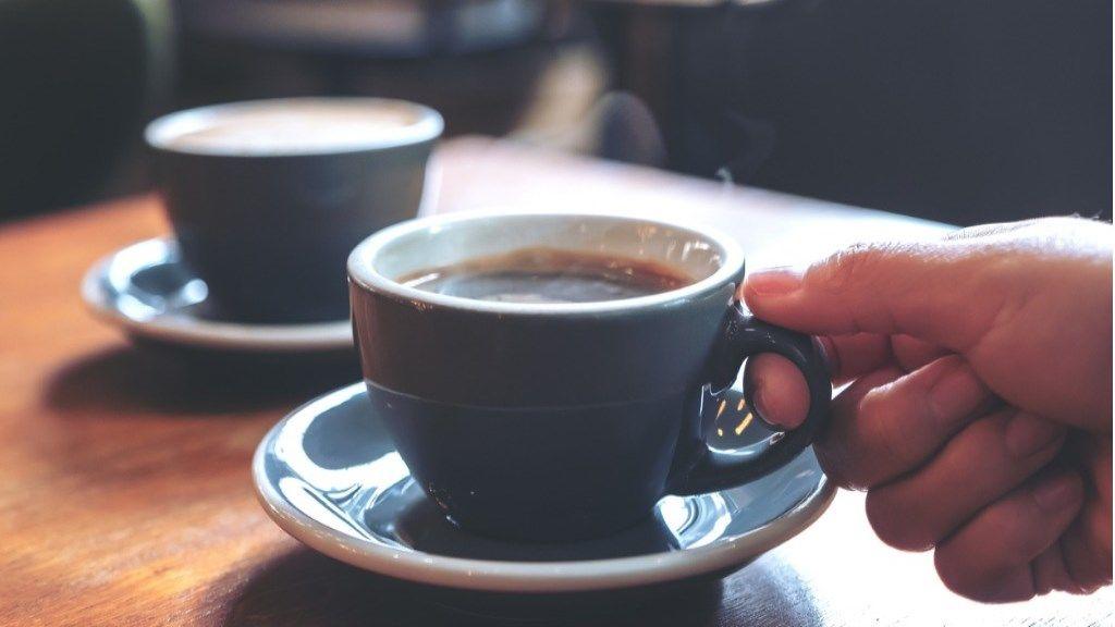 csak kávét inni fogyni)