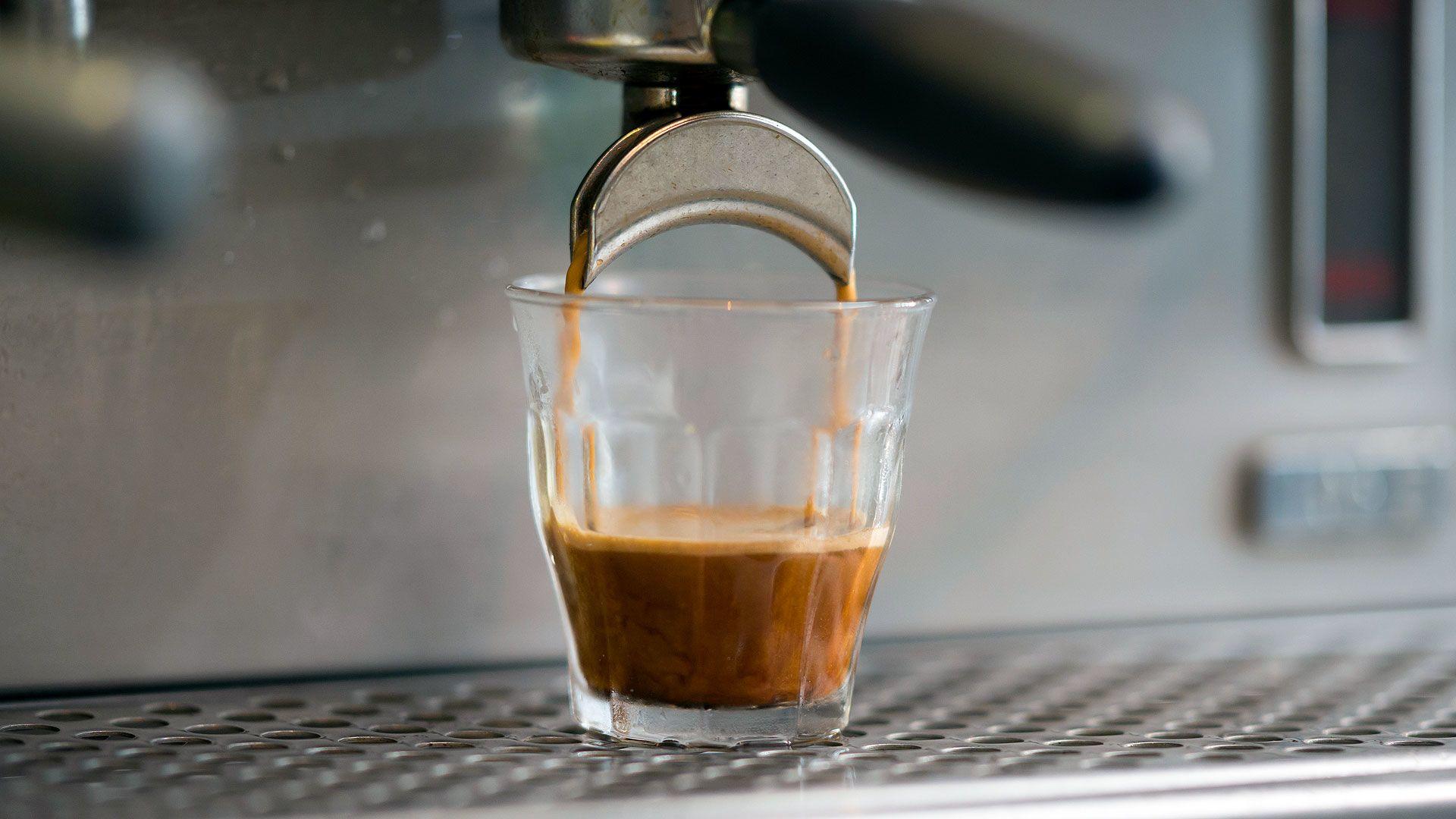 fogyni kávét